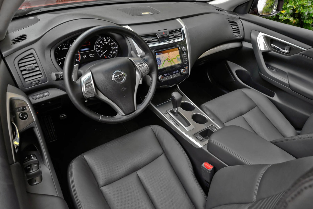 Pre owned nissan altima in lexington nc n15484a 2015 nissan altima 25 s lexington nc vanachro Image collections