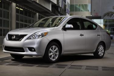 2012 Nissan Versa 1.6 SV  SC