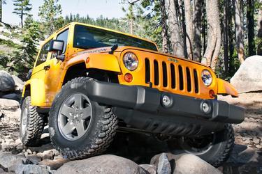 2013 Jeep Wrangler Unlimited  4x4 Sahara 4dr SUV Auburn AL