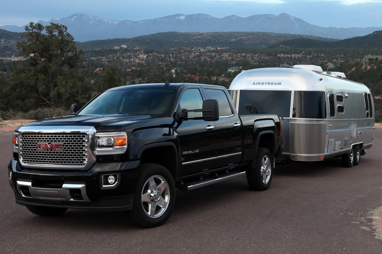 pre owned 2015 gmc sierra 2500hd denali 17t1101a. Black Bedroom Furniture Sets. Home Design Ideas