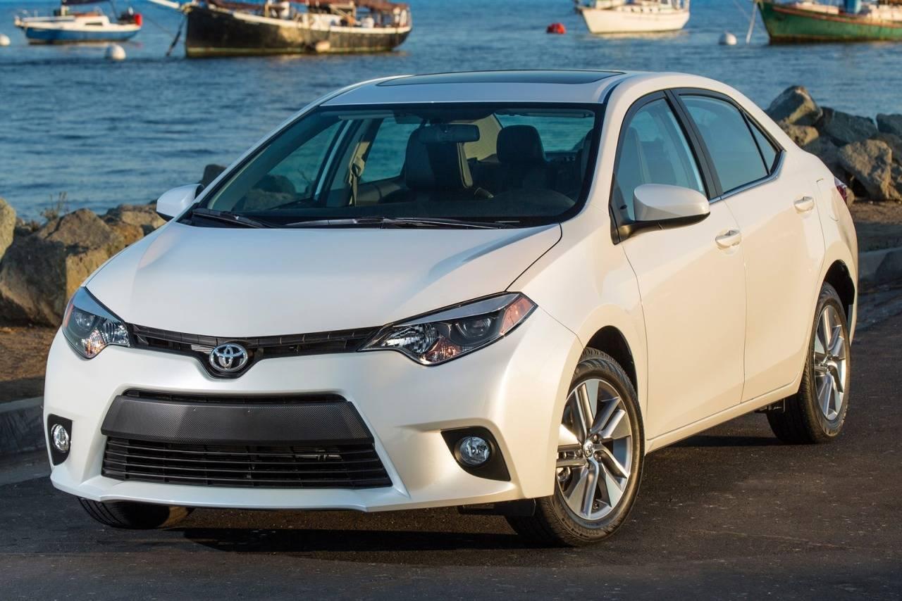 2015 Toyota Corolla Interior Pictures CarGurus