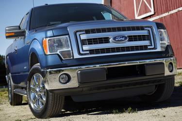"2014 Ford F-150 4WD SUPERCREW 145"" XLT North Charleston SC"