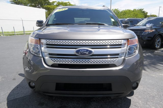 pre owned 2014 ford explorer xlt egc44943