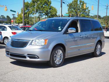 2013 Chrysler Town & Country TOURING-L Mini-van, Passenger Raleigh NC