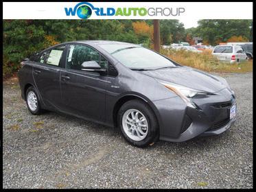 2017 Toyota Prius FOUR Four 4dr Hatchback Lakewood Township NJ