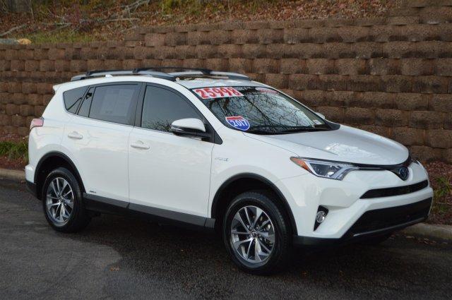 2017 Toyota RAV4 Hybrid XLE Wilmington NC