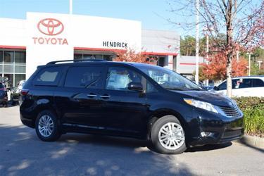 2017 Toyota Sienna XLE PREMIUM Apex NC
