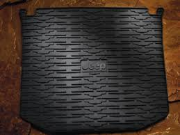 JEEP CARGO AREA TRAY 10 % OFF