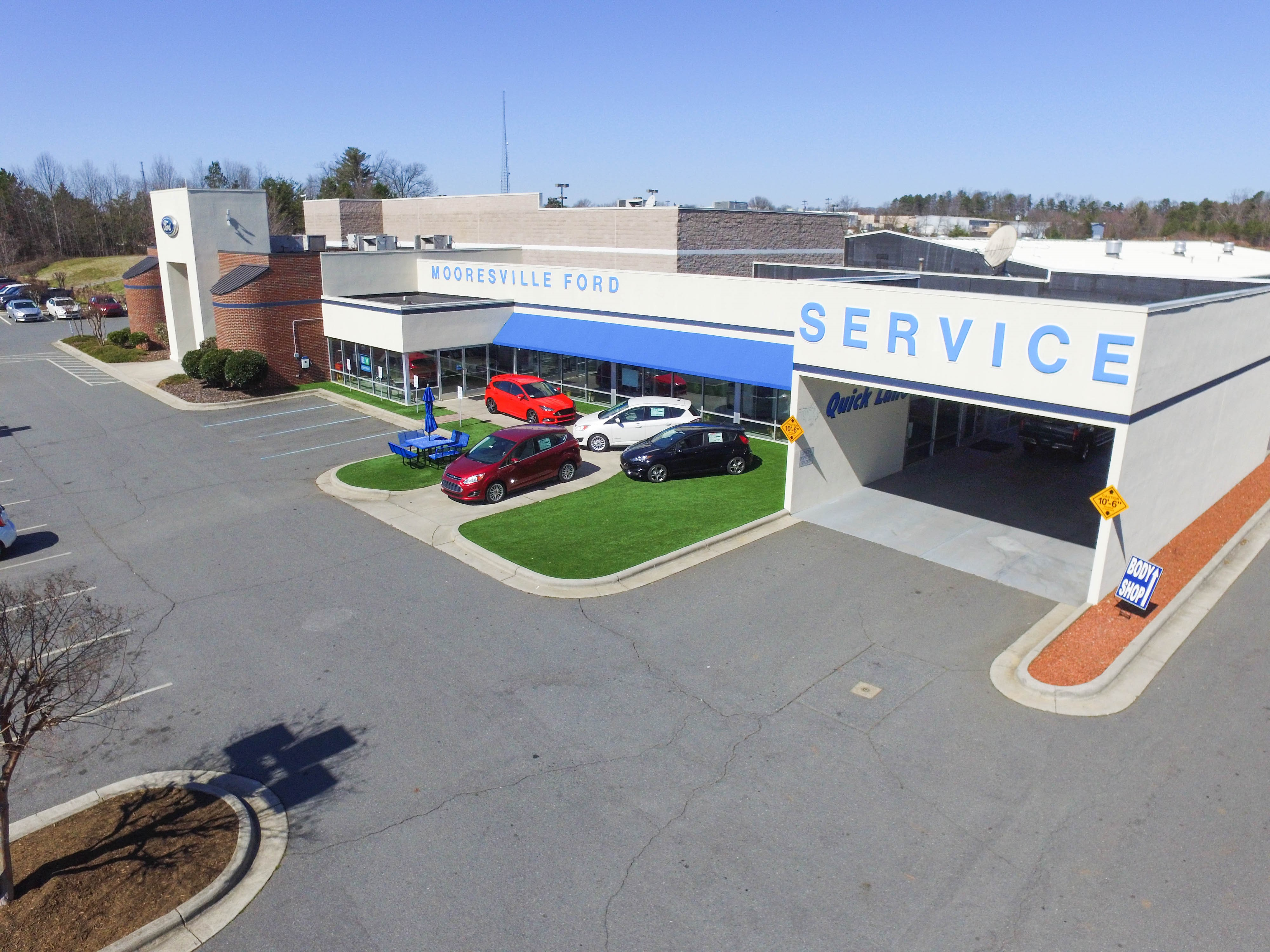 Mooresville Ford Service Department