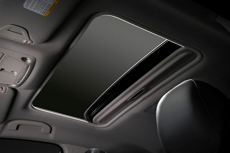 2017 Nissan Sentra Sunroof